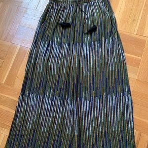 H&M maxi skirt size M